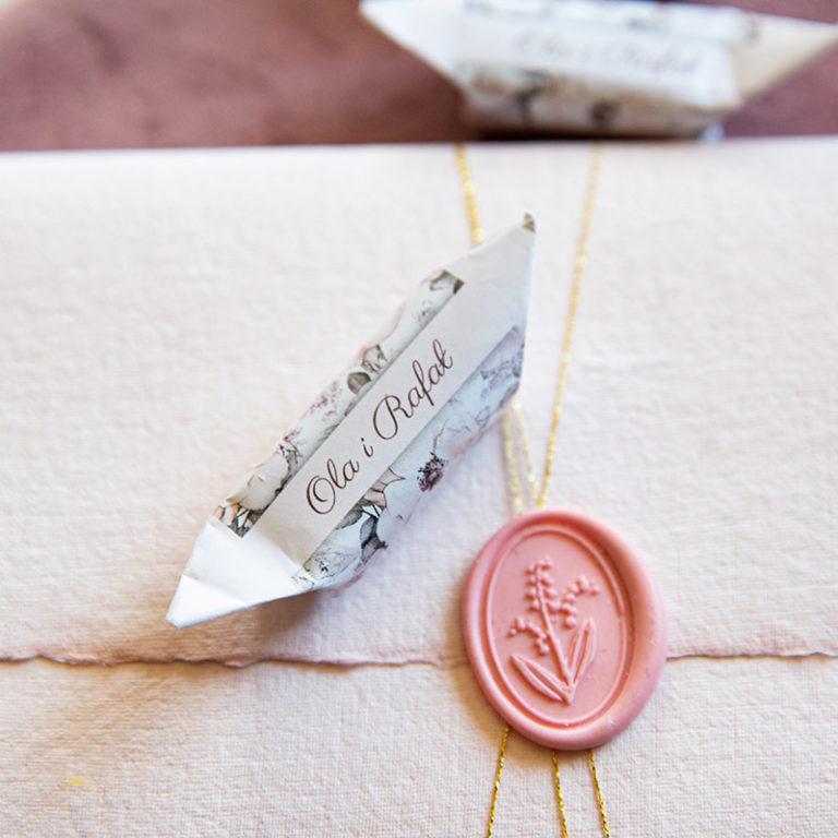 Czy krówki ślubne mogą wzbogacić menu w trakcie wesela?